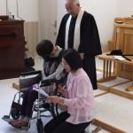 牧子さんの感動の洗礼式