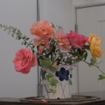 礼拝に備えられたバラたち