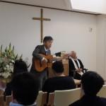 献堂記念礼拝で佐々木さんの素晴らしい奉仕